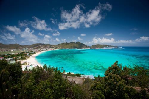 Caribbean Spotlight: Sizzling Sint Maarten