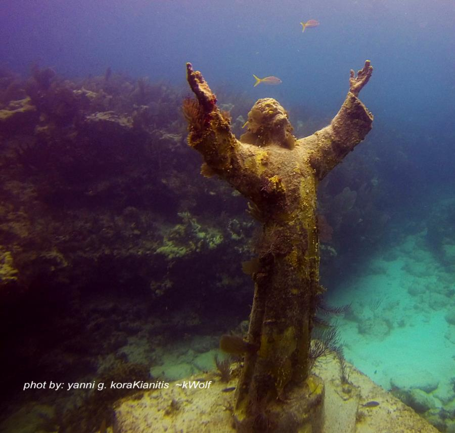 Christ of the Abyss aka Cristo degli Abissi - Christ Of The Abyss