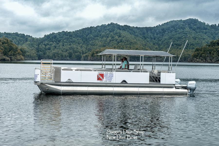 New 39'x14' Dive Boat