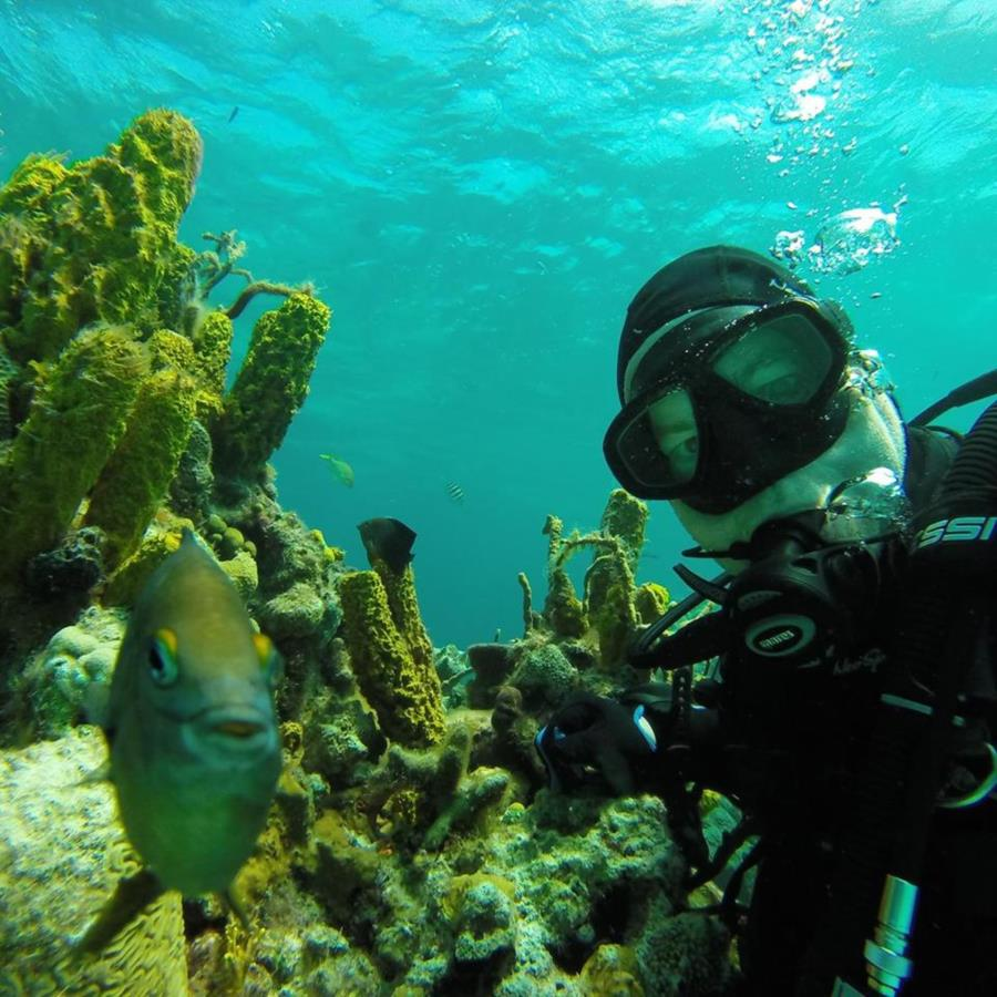 Fish & I selfie