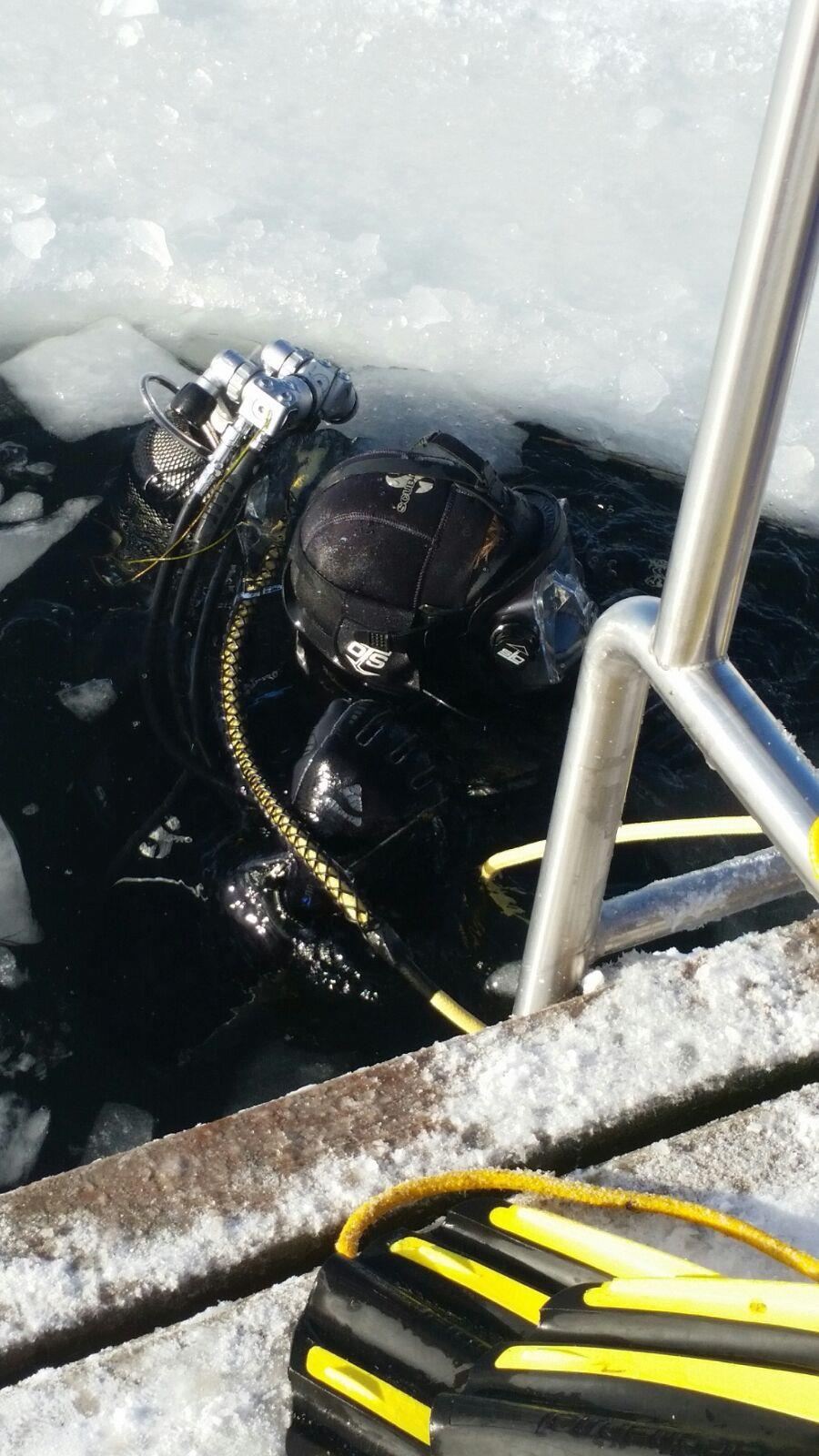 icediving