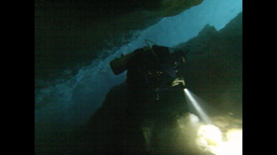 Blue Grotto Light