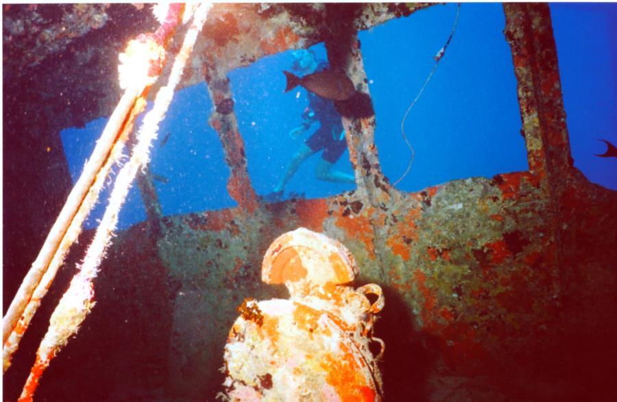 Wreck diving Maldives