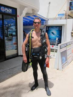 Dive Master Training DMT, New diving equipment evaluation (Day 22)