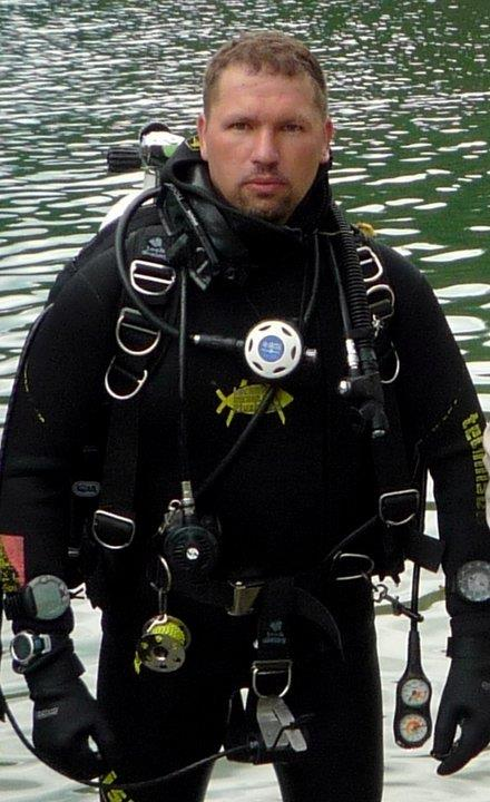 Drysuits- How much WEIGHT do I need????