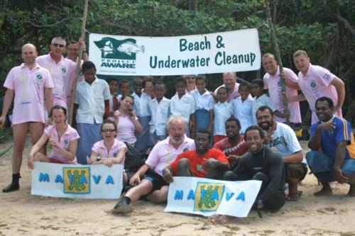 Matava and Mad Fish Dive Centre team up with local school for Beach Clean-Up