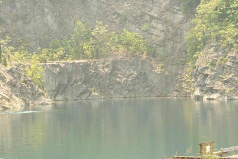 Loch Low-Minn Quarry - Loch Low-Minn