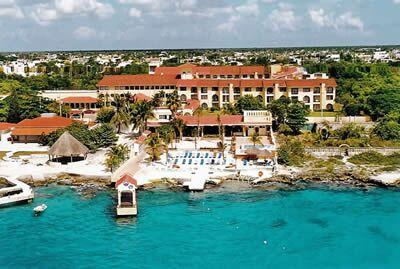 Hotel Cozumel & Resort - View from the ocean side