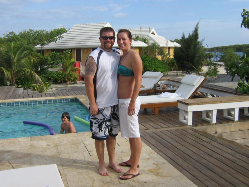 Barefoot Cay Roatan, Hon
