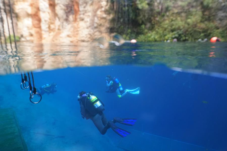 Blue Grotto Dive Resort - Grotto
