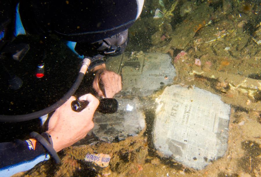 Malapascua - A Newspaper from the Wreck was preserved