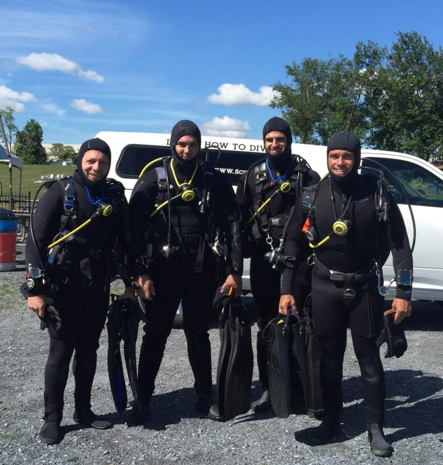 Haigh Quarry - Diving with good company