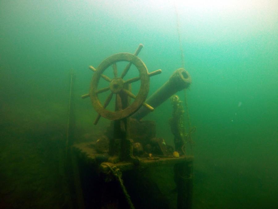 Crusty's Quarry - Pirates Cove
