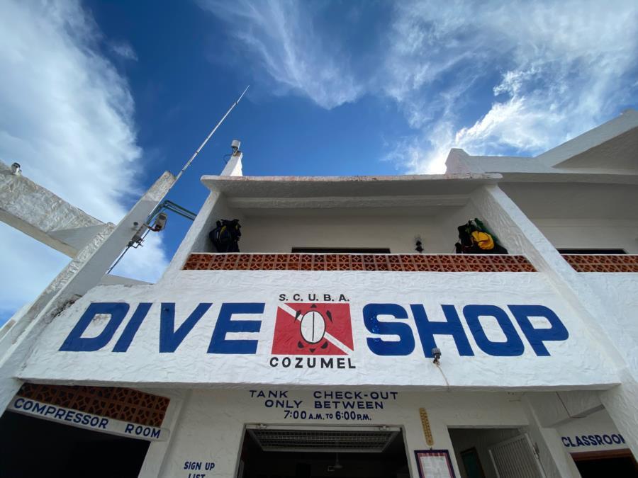 Scuba Club Cozumel - Dive Shop Onsite