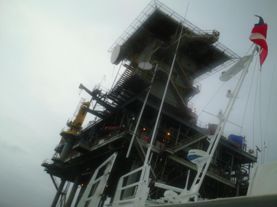 Oil Rig H376A, Texas Flower Garden High Island Rig - HI-376-A Platform