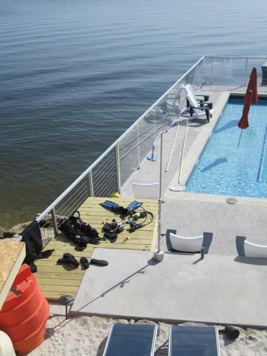 Possum Kingdom Lake - Lush Resort - Rinse off station