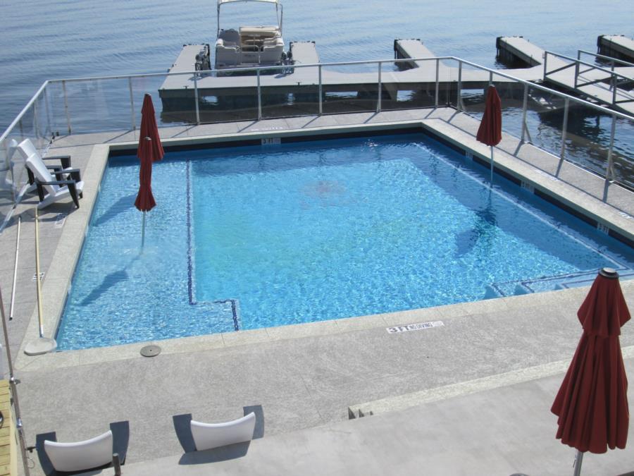 Possum Kingdom Lake - Lush Resort - Pool