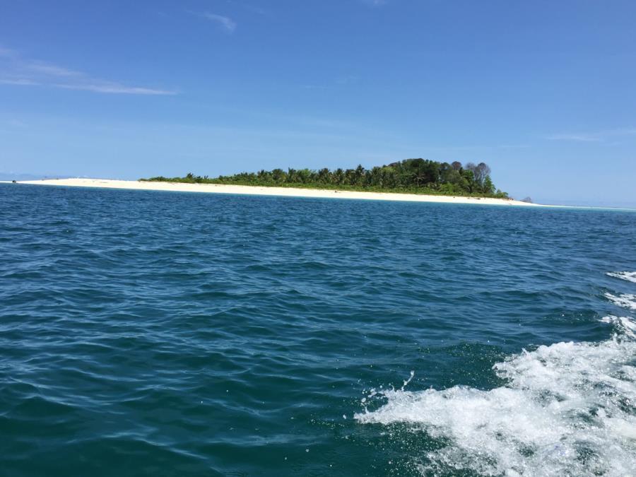 Pulau Kaniungan Kecil Indonesia