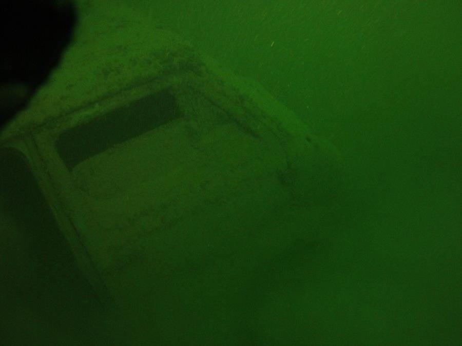 Norris Lake-Sunken Van - Old Ford Van Photo 1