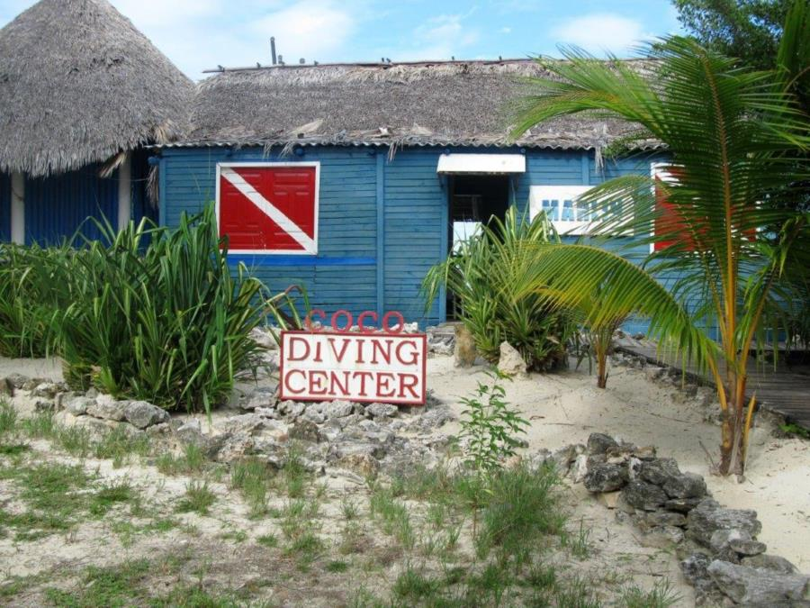 Coco Diving Center - Dive Shop