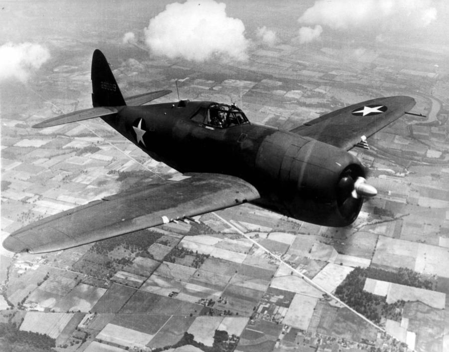XP-47B, Prototype Thunderbolt - P-47 Razorback