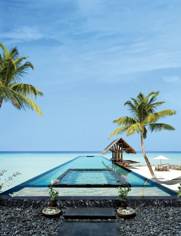 5 Star Reethi Rah Resort in Maldives