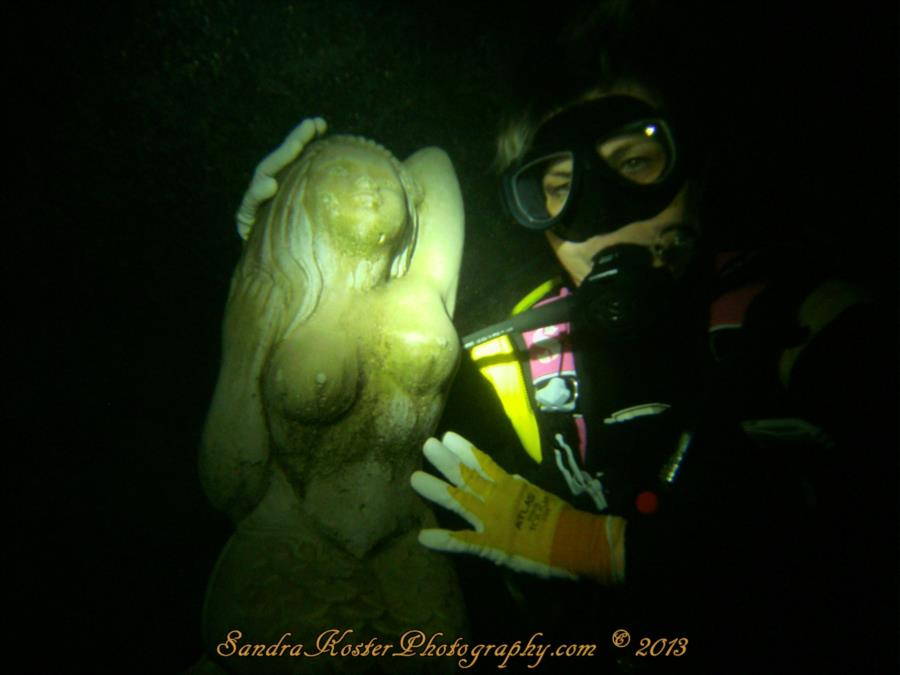 Mermaid Sandy & SantaFeSandy at Blue Grotto