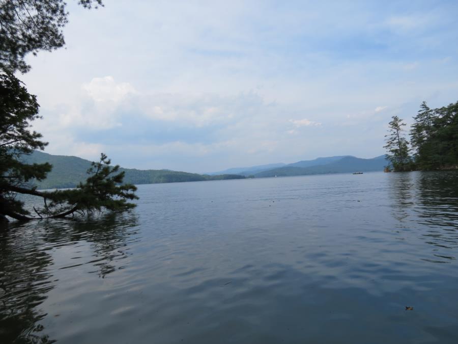 Lake Jocassee DEVILS FORK STATE PARK SC,