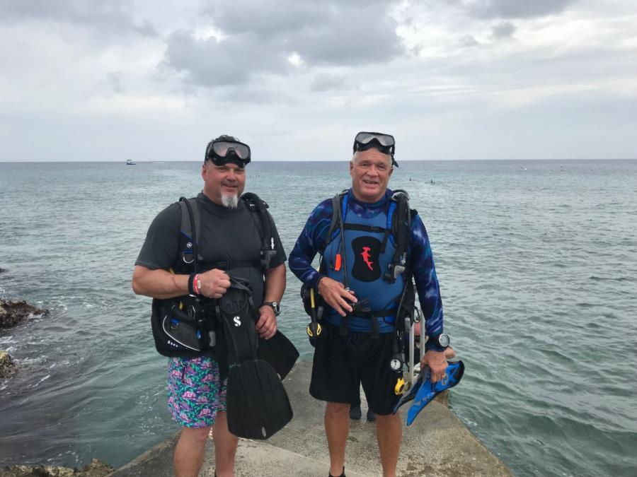 Chris and FtMyersTom at Devils Grotto Grand Cayman