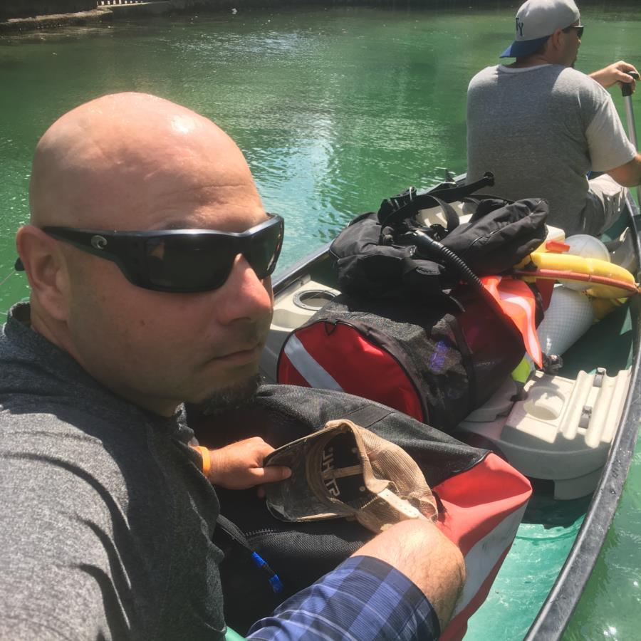 Heading to Hospital hole: Weeki Wachee river