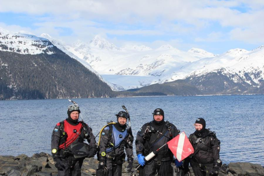 Diving at Smitty's Cove in Whittier, AK (03/25/2017)