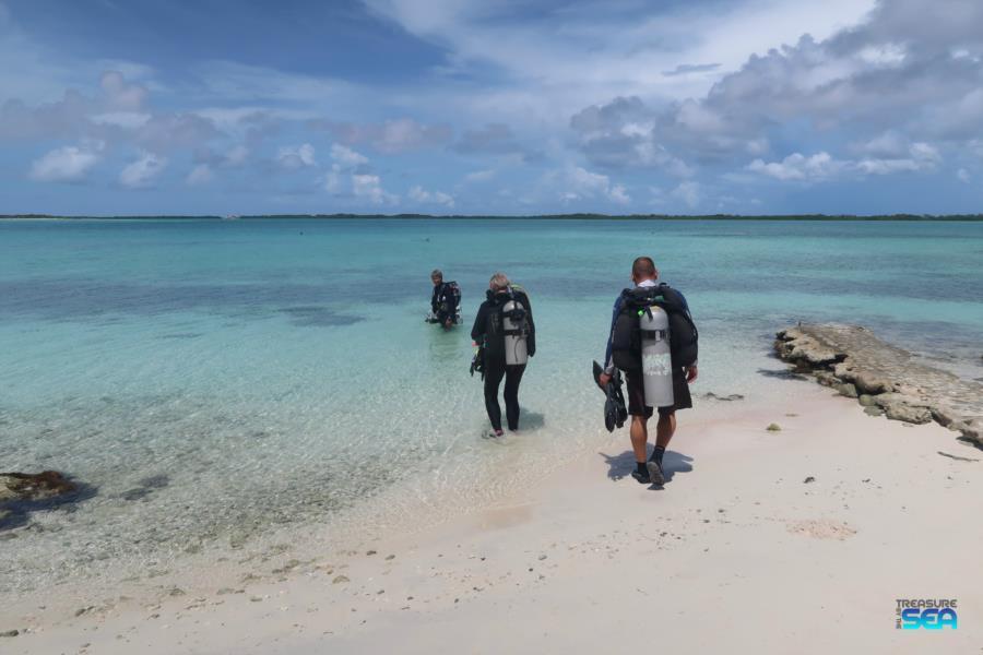 Lac Cai Shore Diving Treasure By The Sea Bonaire