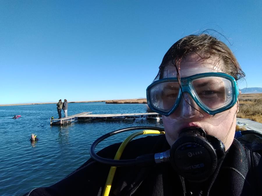 Dive at blue lake