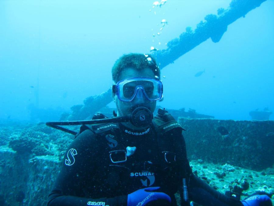Hawaii wreck dive