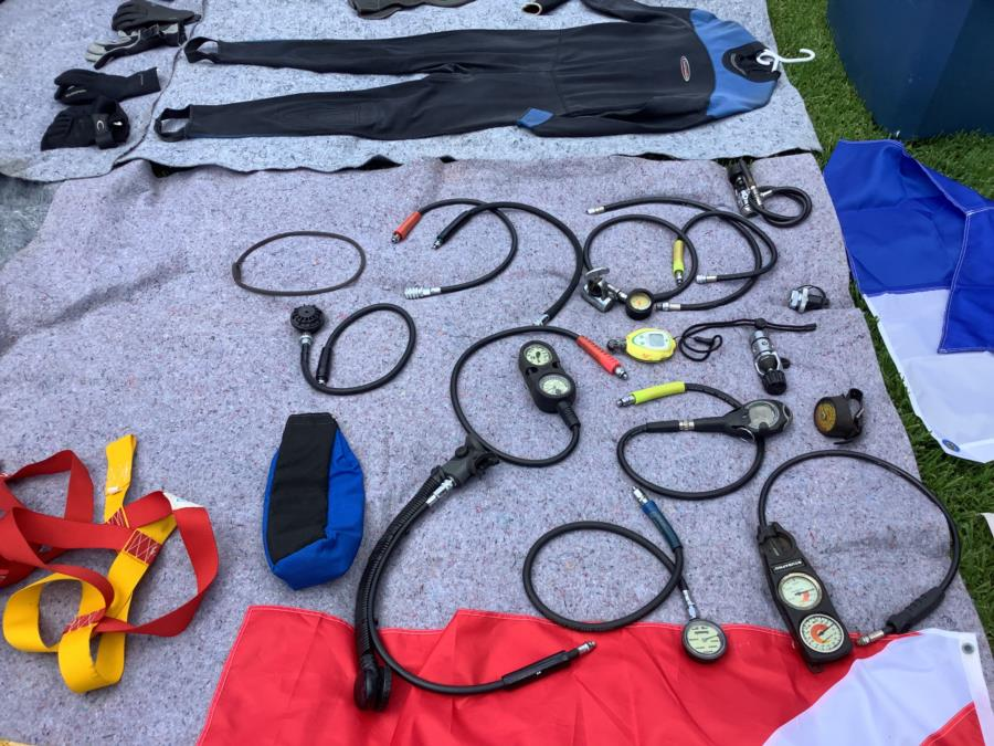 Used dive gear