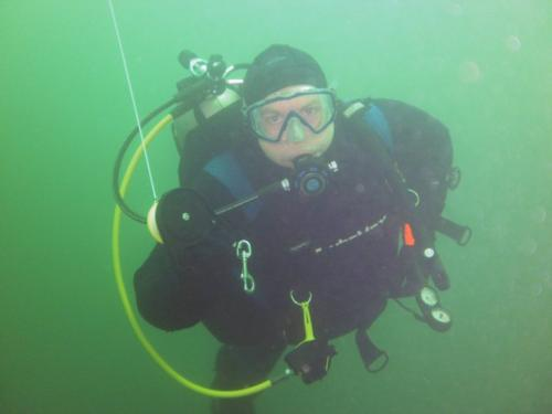 Cold water dive heats up enthusiasm for scuba