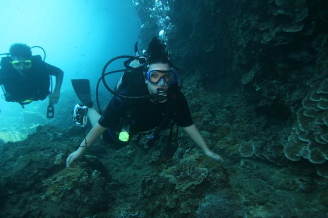Black Rock (Sheraton) - Me diving Black Rock
