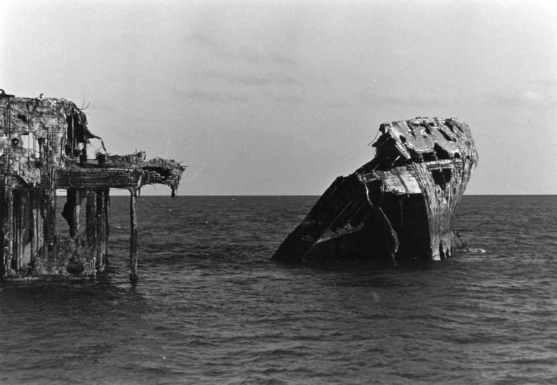 Bimini Barge -  Bimini Barge dive