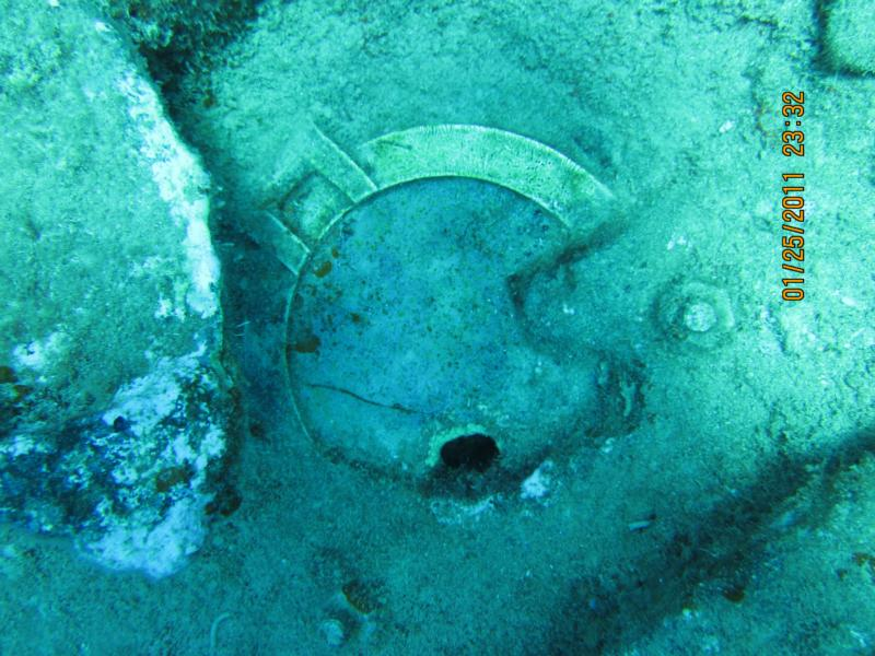RMS Rhone wreck - RMS Phone porthole