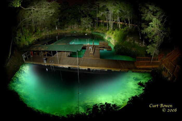 40 Fathoms Grotto - 40 Fathoms at night
