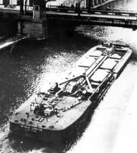 Material Service Barge - Barge going under bridge