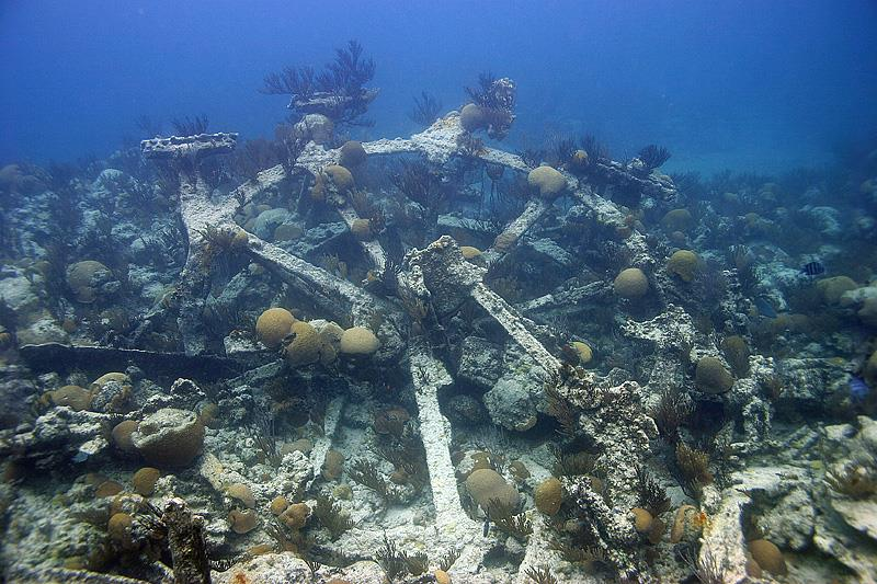 The Wreck of the Minnie Breslauer - The Wreck of the Minnie Breslauer
