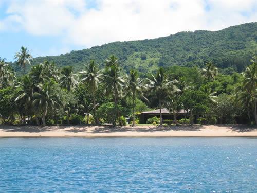 Beqa Lagoon Resort - Beach and resort