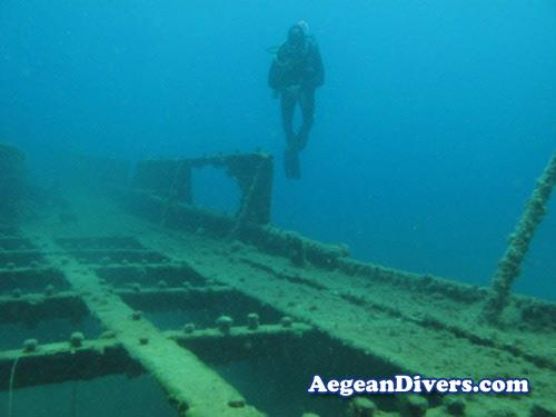 WW II Boat Wreck - WWII Boat Wreck Santorini