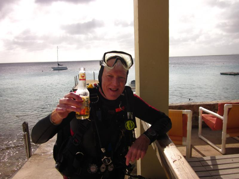 Nice finish to a great dive, Caribe Inn Dock Bonaire