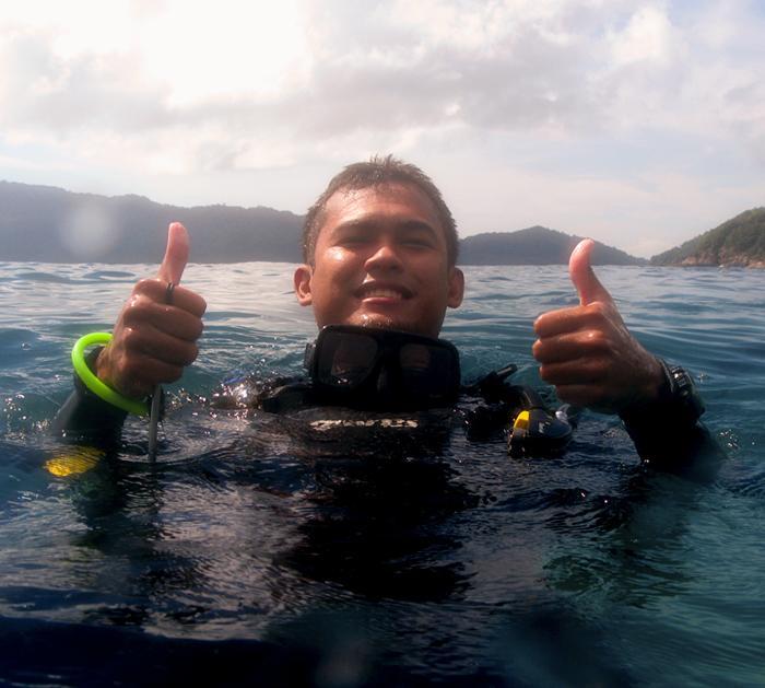 underwater addict