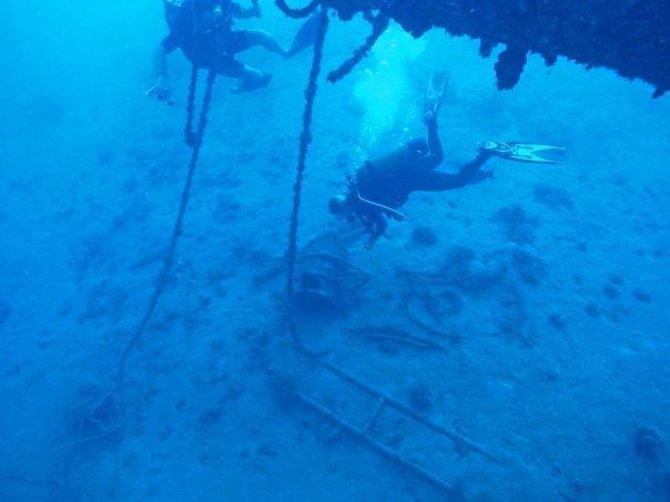 Nordby wreck off Raiatea at bow