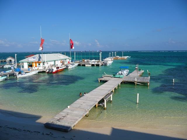 Amigos Del Mar Dive Shop - San Pedro, Belize