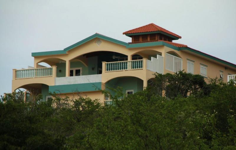 Sea view of Flamingo Villa