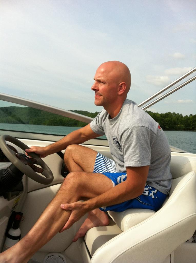 Boating at Summersville Lake
